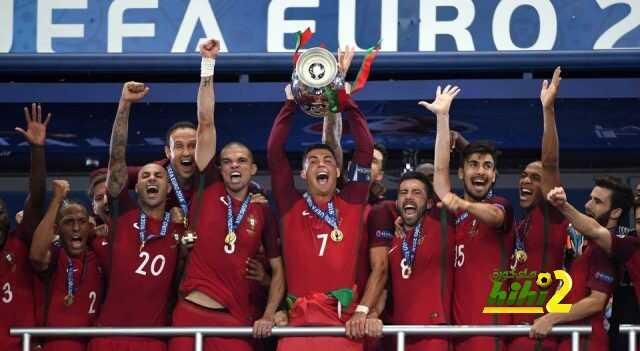 Cristiano-Ronaldo-levanto-campeon-Euro_LNCIMA20160710_0202_5
