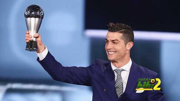 أسطورة ريال مدريد يمدح كريستيانو